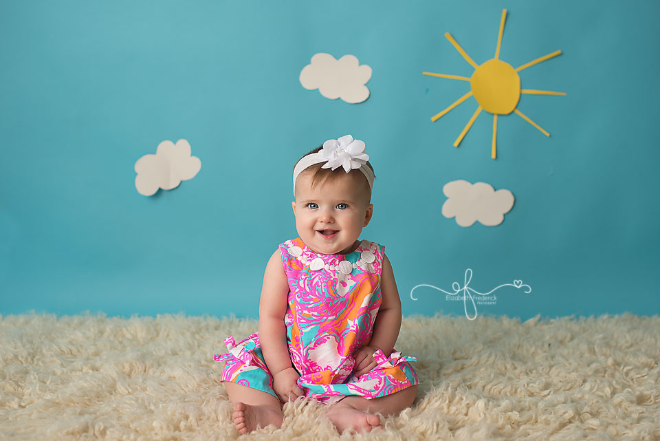 Summer Fun 6 Month Milestone Baby Photography Session | Fun in the sun | CT Baby Photographer Elizabeth Frederick Photography