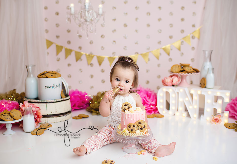 Cookies & Milk First Birthday | Cookies & Cream Smash Cake Photography Session | Meriden, CT Smash Cake Photographer | First Birthday Photography Session | Cookie monster Smash cake session